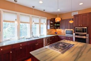 A kitchen or kitchenette at 12 Bayberry Lane Home