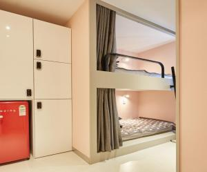 A bunk bed or bunk beds in a room at Haru Hostel Guesthouse Sokcho