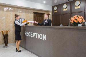 The lobby or reception area at Yaroslavskaya Hotel