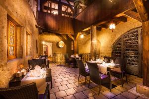 A restaurant or other place to eat at Hotel Haus im Sack