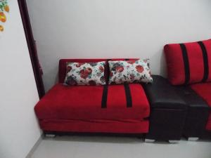 A seating area at Homestay Elysian