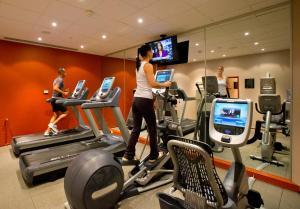 Het fitnesscentrum en/of fitnessfaciliteiten van DoubleTree by Hilton Luxembourg