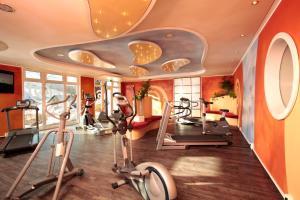 Das Fitnesscenter und/oder die Fitnesseinrichtungen in der Unterkunft Hotel Hochsauerland 2010