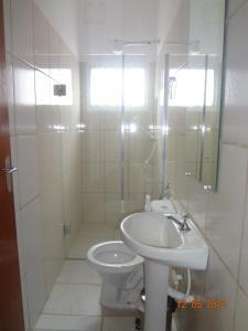A bathroom at Hotel Ox Inn