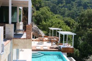 The swimming pool at or near Ölüdeniz Loft - Adults Only