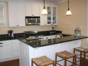 A kitchen or kitchenette at Ocean Smores Three-Bedroom Home