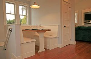 A bathroom at Flotsam House Two-Bedroom Home