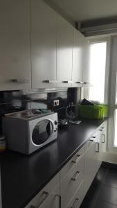 A kitchen or kitchenette at Time Away from home