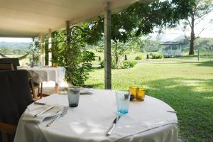 A restaurant or other place to eat at Hillcrest Mountain View Retreat