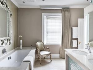 A bathroom at Dock House Boutique Hotel and Spa