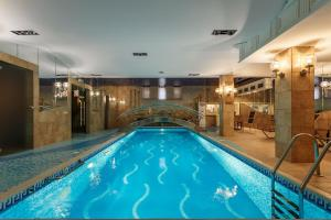 The swimming pool at or near BOUTIQUE HOTEL AMBASSADORI MOSCOW