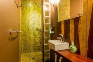Een badkamer bij Cornerhouse