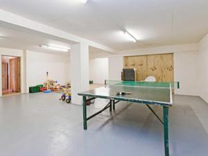 Table tennis facilities at Gone Cockling or nearby