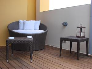 A seating area at Zoom Apartments Hotel Boutique