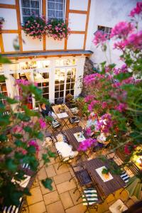 A restaurant or other place to eat at Landhotel Becker