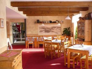 Restaurace v ubytování penzion Vysoká Stráž