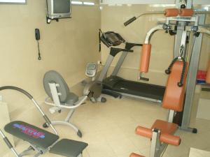 The fitness center and/or fitness facilities at Tolon Holidays Hotel
