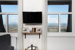 TV a/nebo společenská místnost v ubytování NA KRÁSNÉ VYHLÍDCE