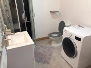 Salle de bains dans l'établissement Le petit Bailleux