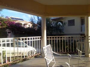 A balcony or terrace at Souvenir House