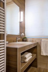 A bathroom at Mamaison Hotel Andrassy Budapest