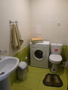 A bathroom at Bungalo