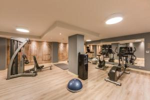 The fitness center and/or fitness facilities at Catalonia Granada