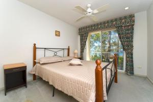 A bed or beds in a room at Quiet, Peaceful and Tranquil!