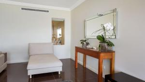A seating area at Aura apartment with Spectacular Views!