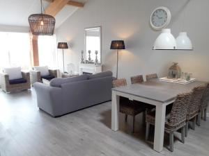 A seating area at Vecht & Weide Weesp
