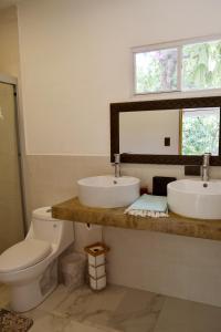 A bathroom at Casa Bonita - El Tunco