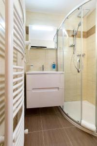 A bathroom at Ubytování Zámecké Schody