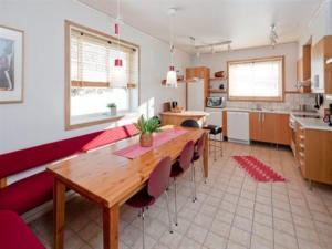 A kitchen or kitchenette at Prästgården i Funäsdalen