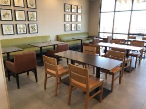 Restauracja lub miejsce do jedzenia w obiekcie Country Inn & Suites by Radisson, Page, AZ