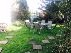 A garden outside Bawlyn room