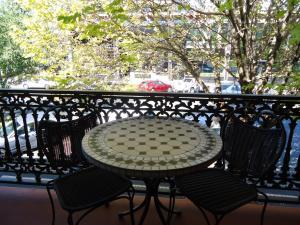A balcony or terrace at Albury Regent Motel