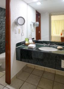 Un baño de Emporio Ixtapa