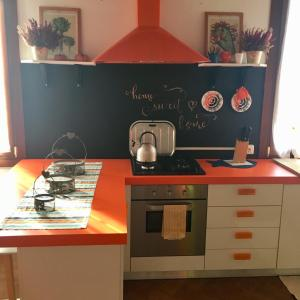 Cucina o angolo cottura di La Casa Del Pittore