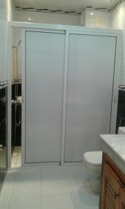 A bathroom at Riad Le palais