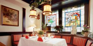 A restaurant or other place to eat at Hotel Fabritz