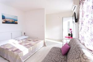 A bed or beds in a room at Premium apartment Biokovo Nature Park