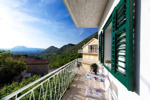A balcony or terrace at Premium apartment Biokovo Nature Park