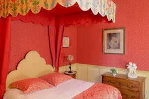 Un ou plusieurs lits dans un hébergement de l'établissement Château de La Ballue - Les Collectionneurs