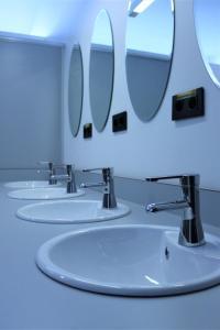 Un baño de Kaps Hostel Vigo