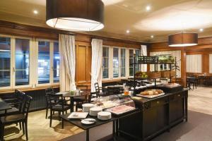 Ein Restaurant oder anderes Speiselokal in der Unterkunft Hotel Bären Langenthal