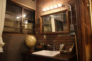 A bathroom at Bamba Hotel