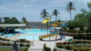 A piscina localizada em Xingó Parque Hotel & Resort ou nos arredores