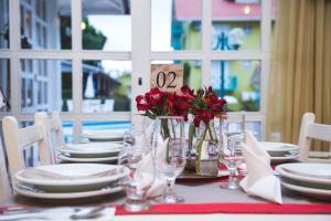 Um restaurante ou outro lugar para comer em Hotel Pousada da Neve