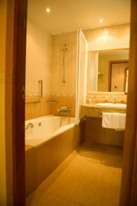 Un baño de Hotel La Maruxiña