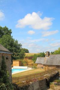 The swimming pool at or near Le Hutereau - Muscadet